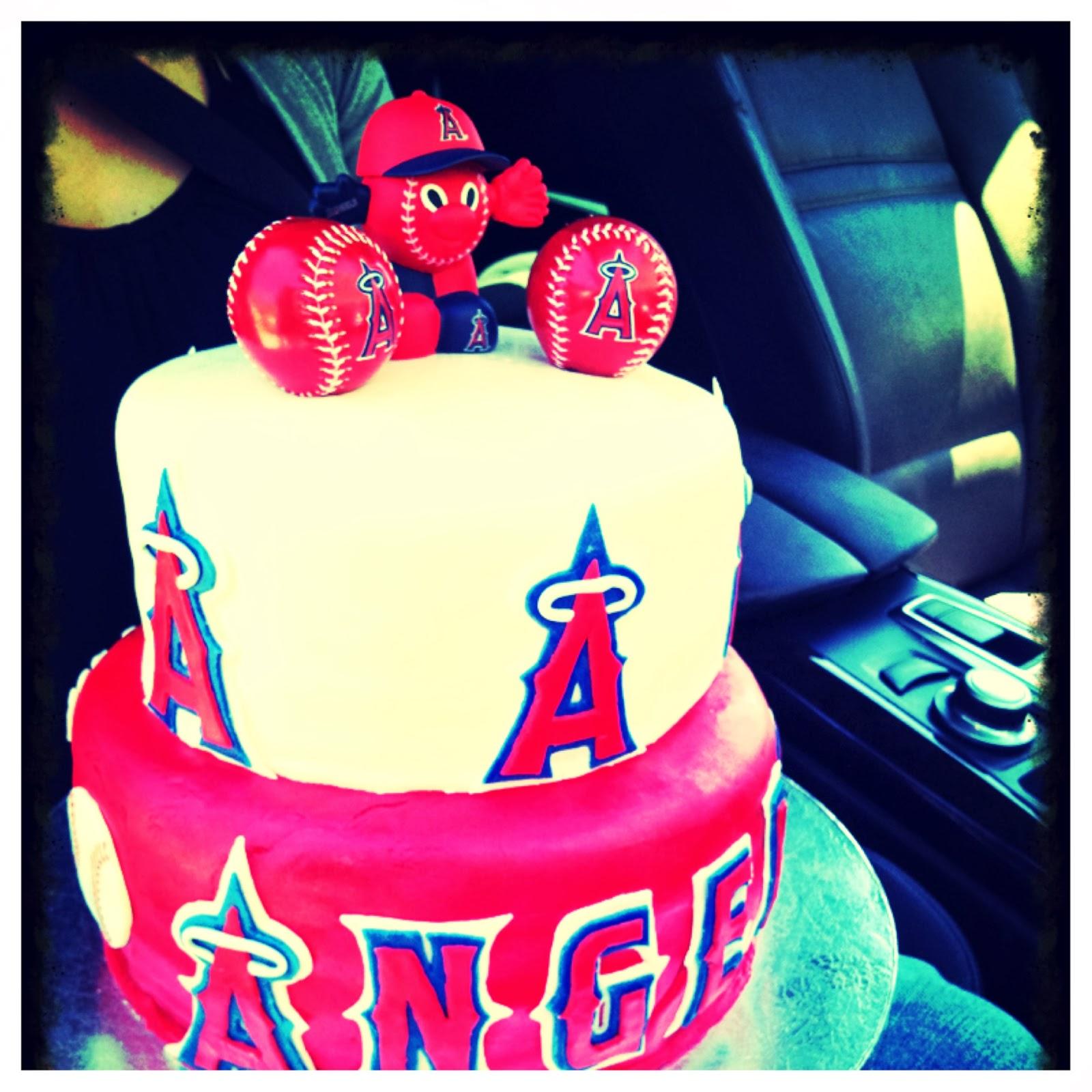 Crispys Cakes angels baseball cake