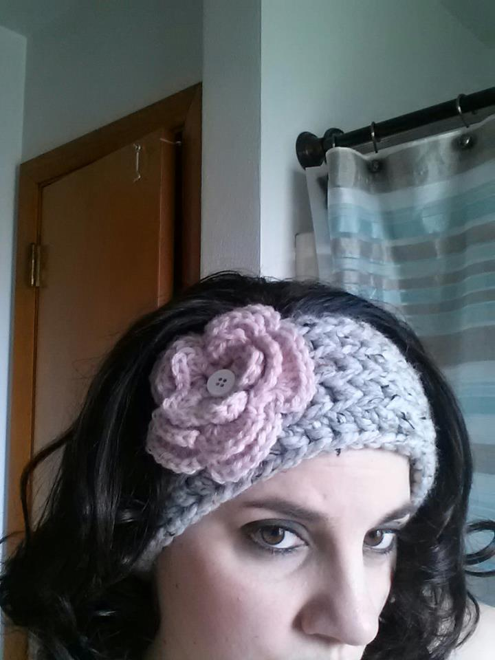Free Crochet Pattern Headband Ear Warmer : Mill Run Mama: Chunky Crochet Ear Warmer - - - FREE Pattern