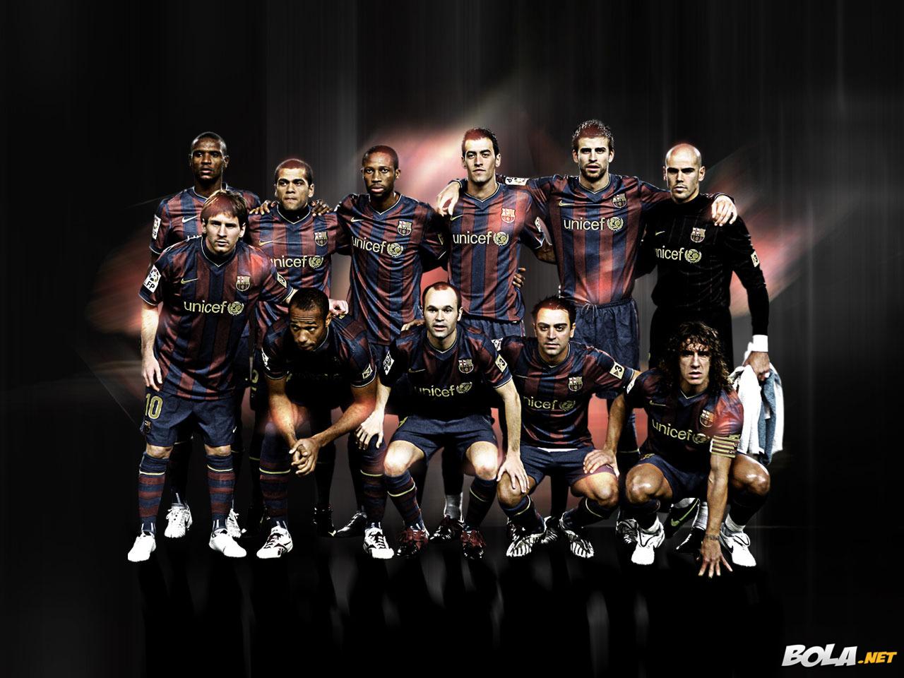 http://4.bp.blogspot.com/-6STZkbsMoJY/Tjopk22LWsI/AAAAAAAAAfg/9XLH9JUTCJA/s1600/Barcelona+Wallpaper+2.jpg