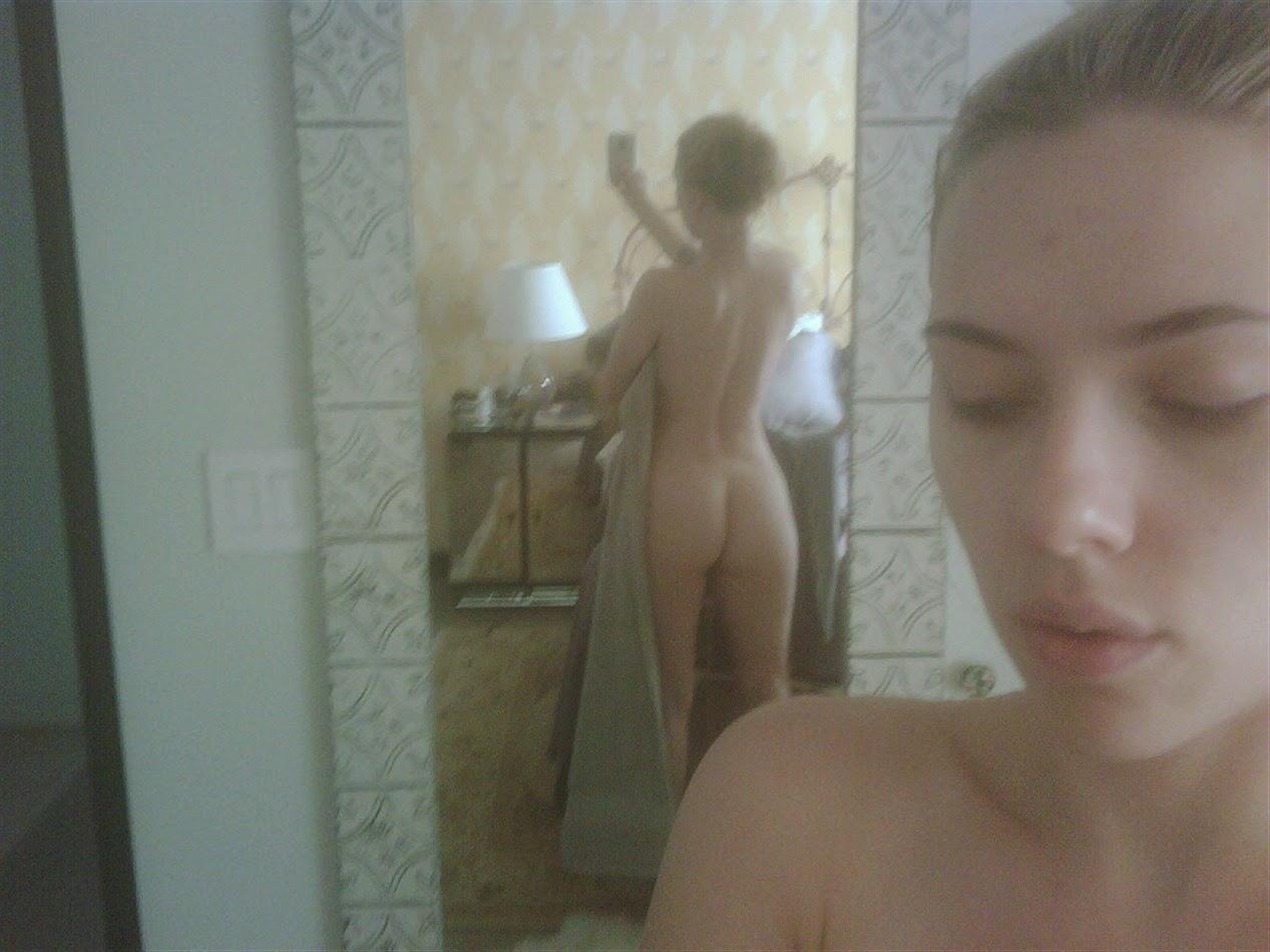 Blonde curvy nude women