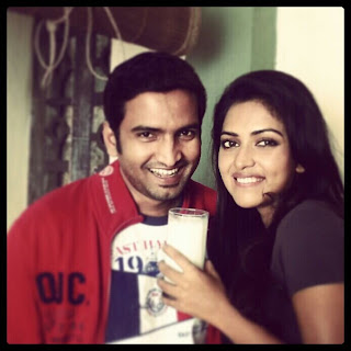 amala paul with santhanam photos
