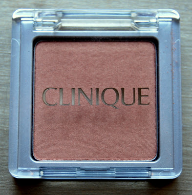 Clinique Blushing Blush Powder Blush in Aglow