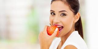 5 Makanan Sehat Yang Ampuh Menghilangkan Bau Mulut