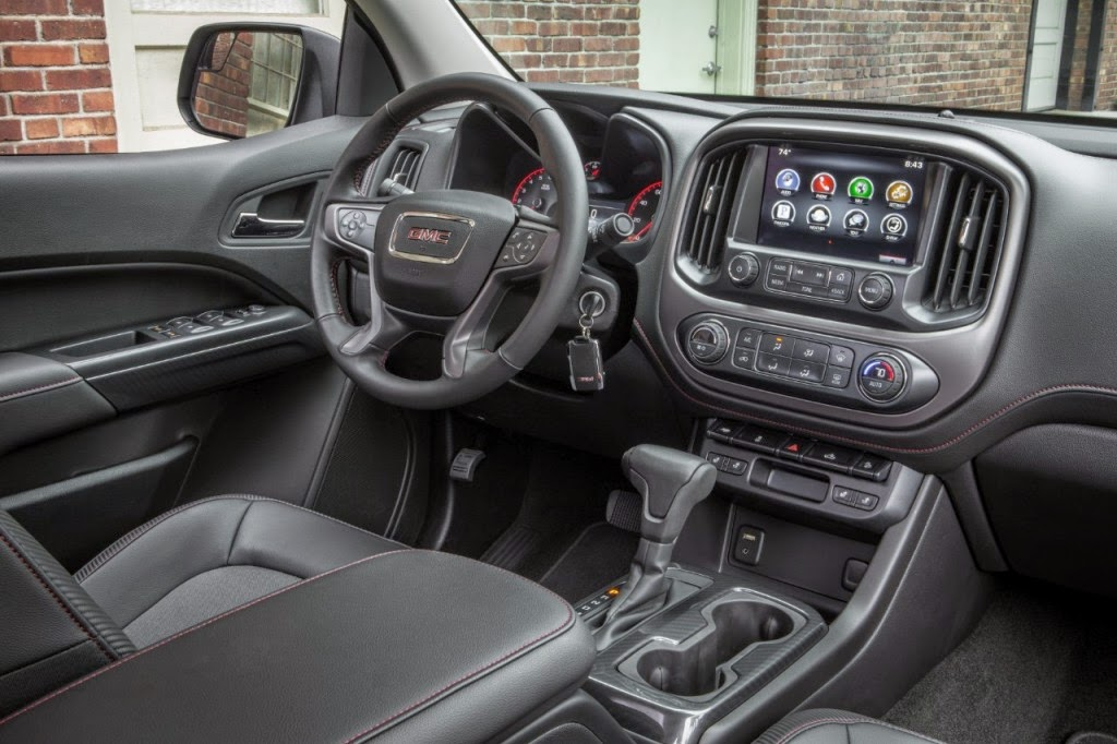 2015 GMC Canyon Has One of The 10 Best Interiors