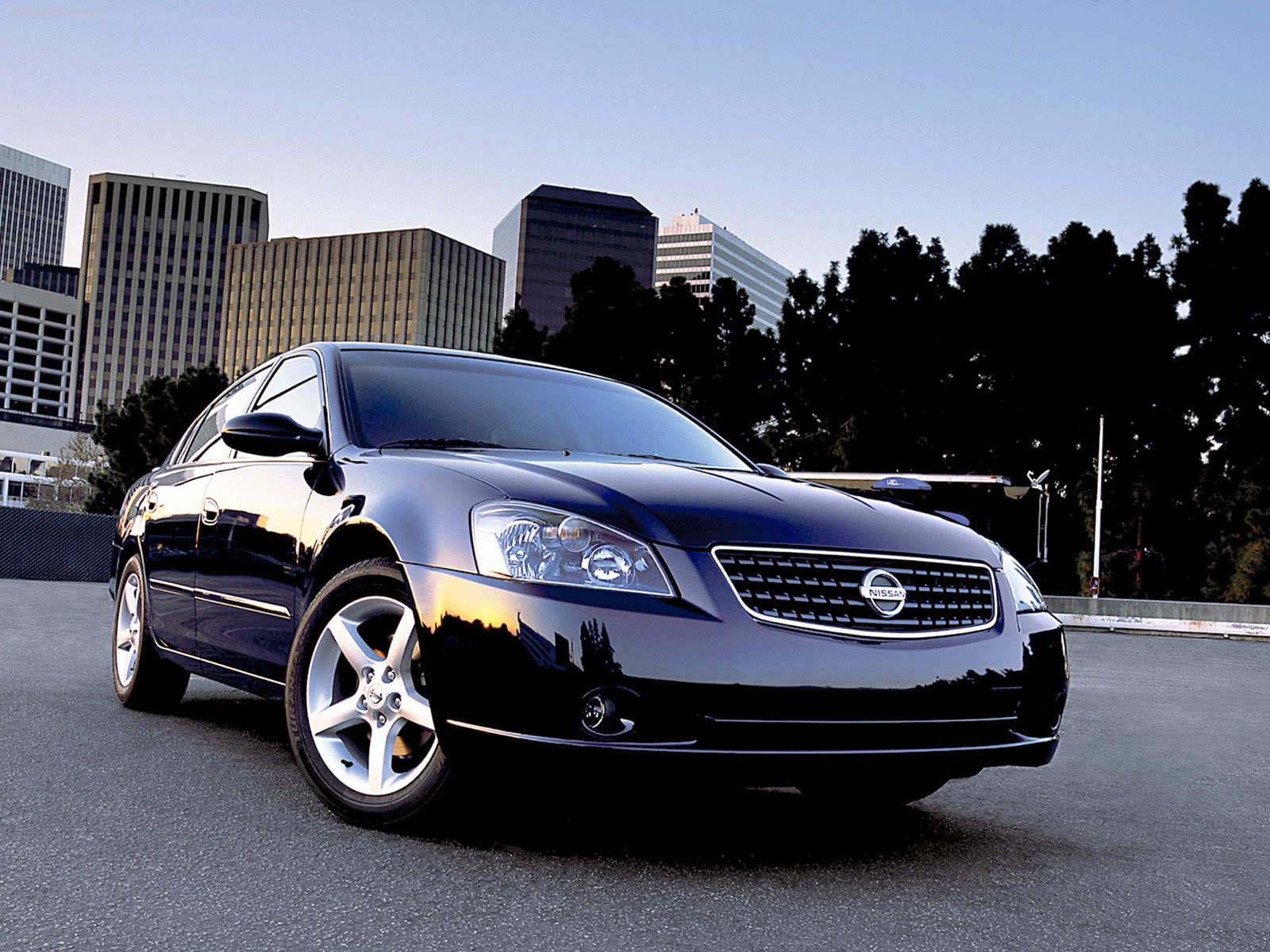 http://www.crazywallpapers.in/2014/03/nissan-altima-best-amazing-wallpapers.html