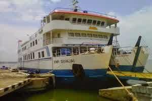 kapal KMP Siginjai
