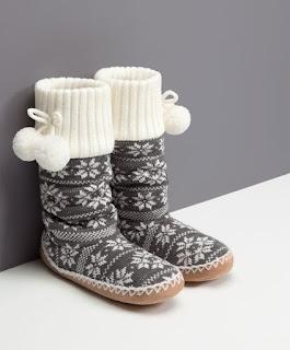 http://www.oysho.com/pt/cal%C3%A7ado/sleepwear/meias-jacquard-c1197502p6289005.html