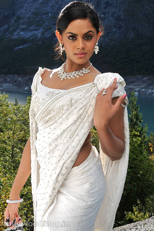 Karthika Photos in Rangam Telugu Movie unseen pics