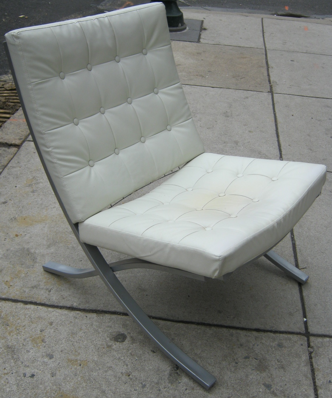 Fun modern chair sold