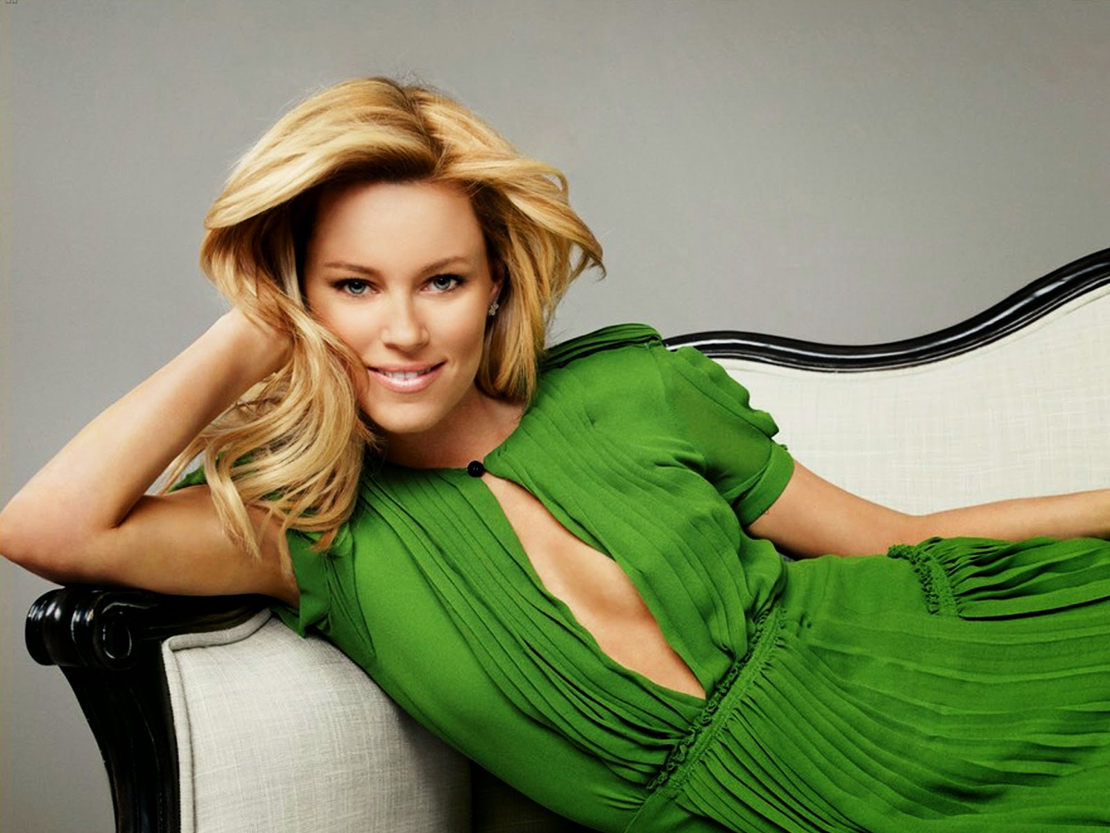 Elizabeth Banks Wallpapers Free Download