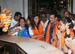 Salman Khan visits Siddhivinayak Temple with Jai Ho co star Daisy Shah