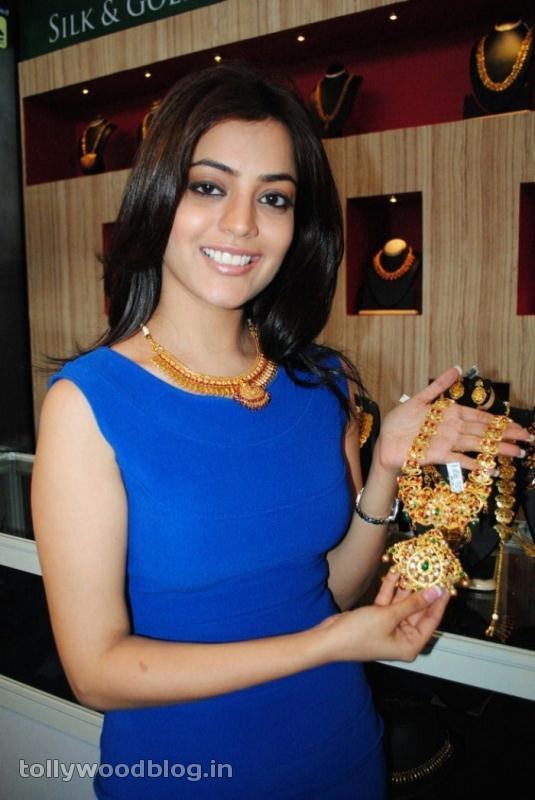 Nisha Agarwal at Gems amp Jewellery Expo gallery pictures
