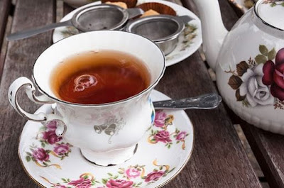 Chá de gengibre com hibisco, receita surpreendente!