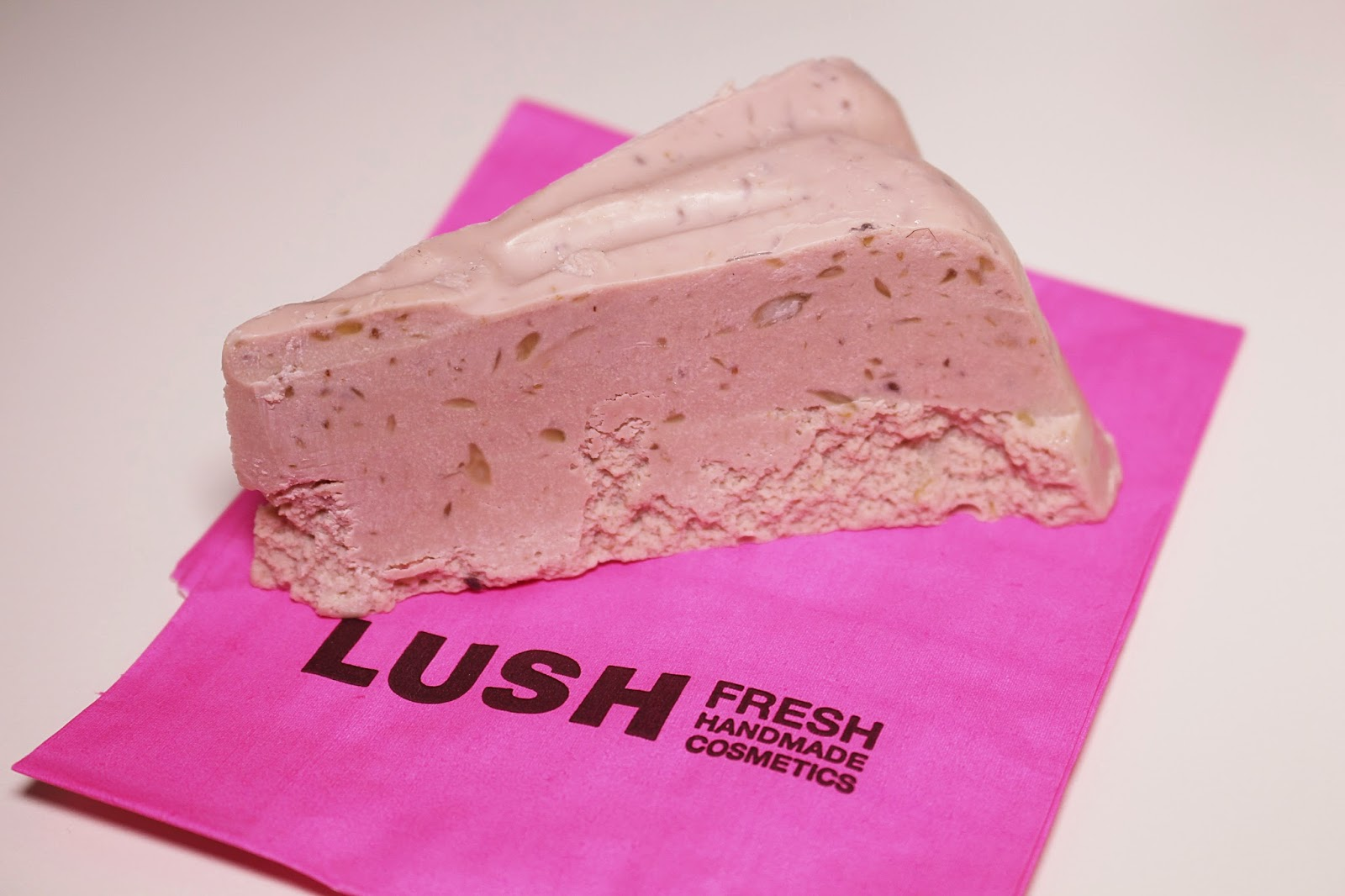 Lush facial soap Fresh Farmacy