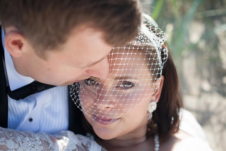 Delikatne sztyfty ślubne sutasz