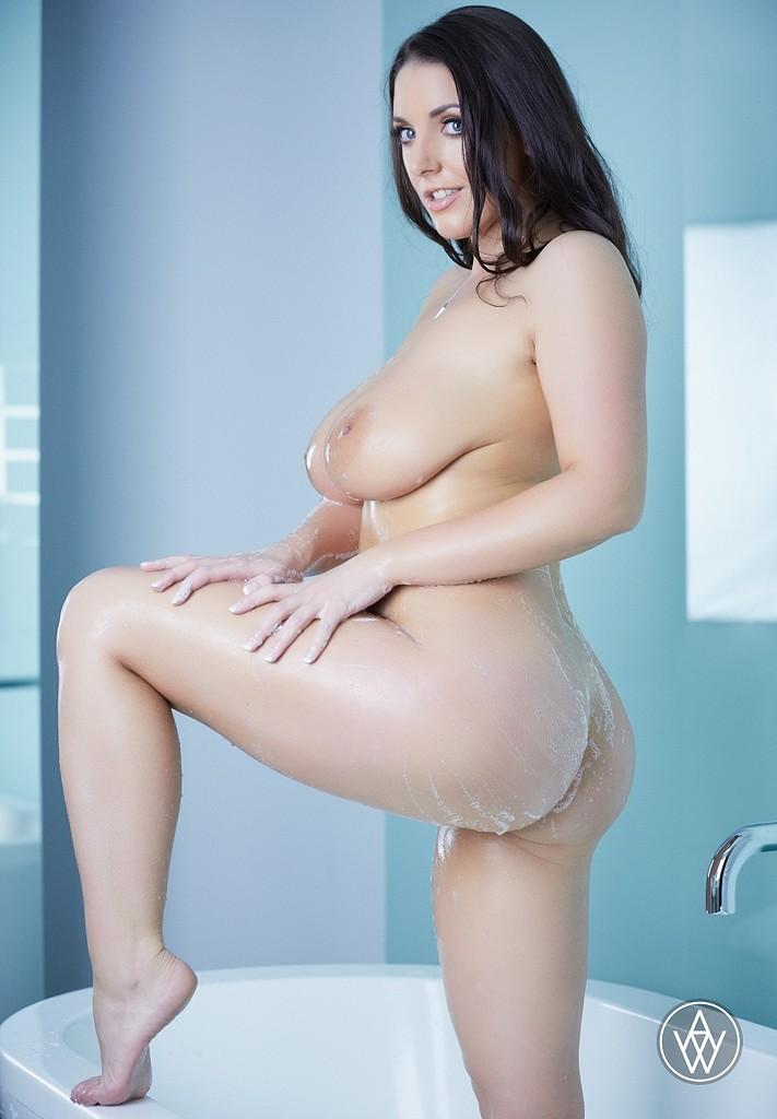 Woman bath tub pornstar all