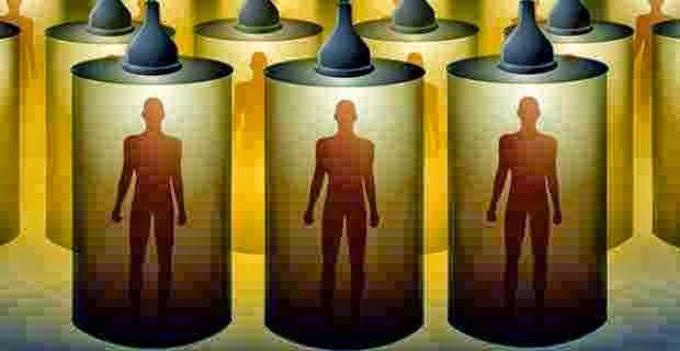 Scienziati di una nota multinazionale allevano umani OGM per test di laboratorio