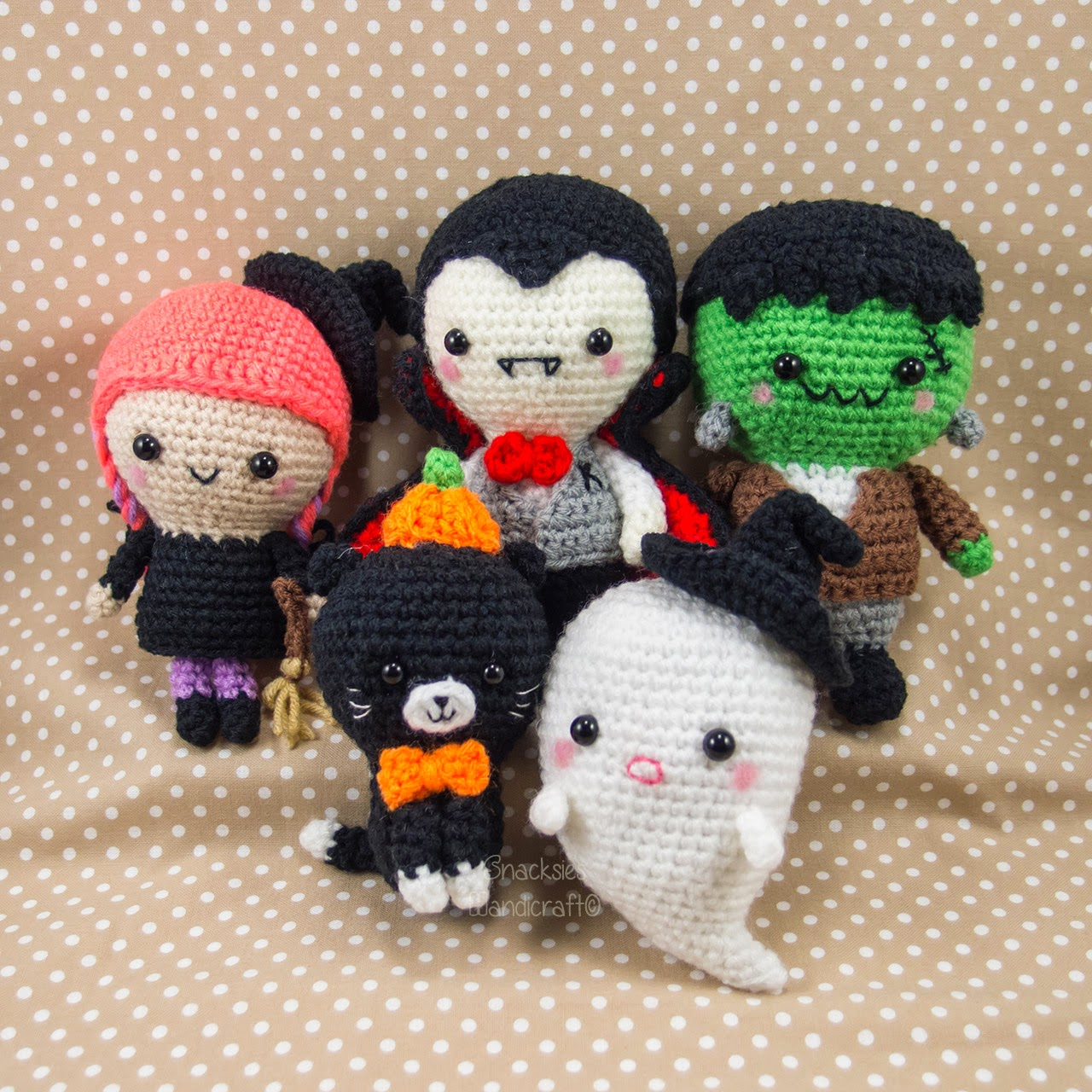 Free Crochet Patterns For Halloween : Halloween Set ~ Snacksies Handicraft Corner