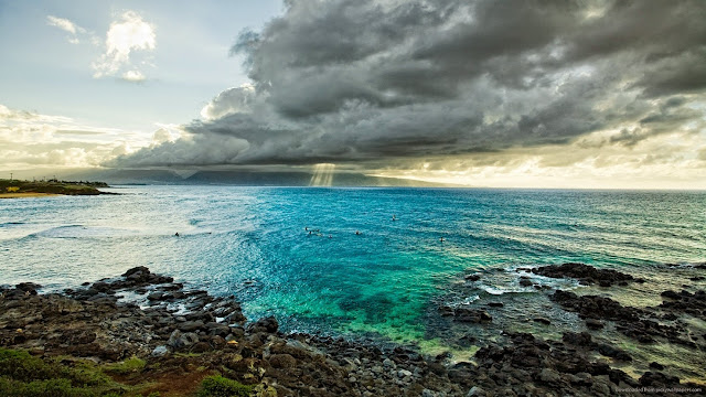 132441-Awesome Blue Shore With Clouds HD Wallpaperz