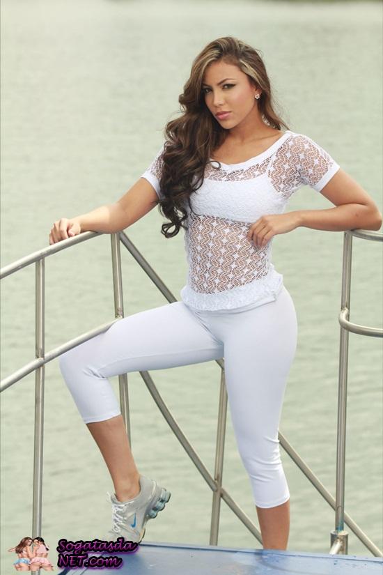 Modelo Colombiana Sandra Castanho - foto 20