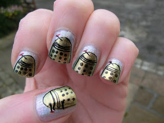 Dr Who Nail Art