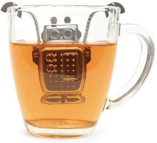 Tea infuser shaped like a robot