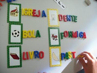 Atividades com  alfabeto móvel