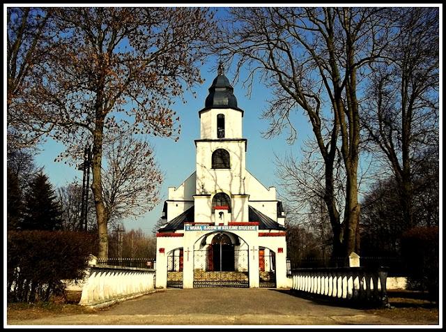 Kościół pod wezwaniem Podwyższenia Krzyża Świętego w Dołhobrodach