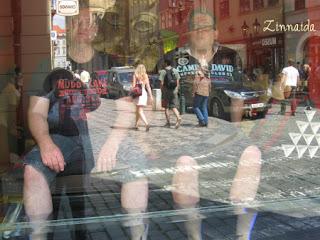 reflexii-in-geam
