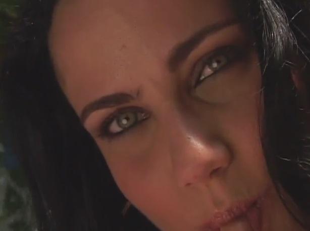 Olhos Verdes Anal Absoluto