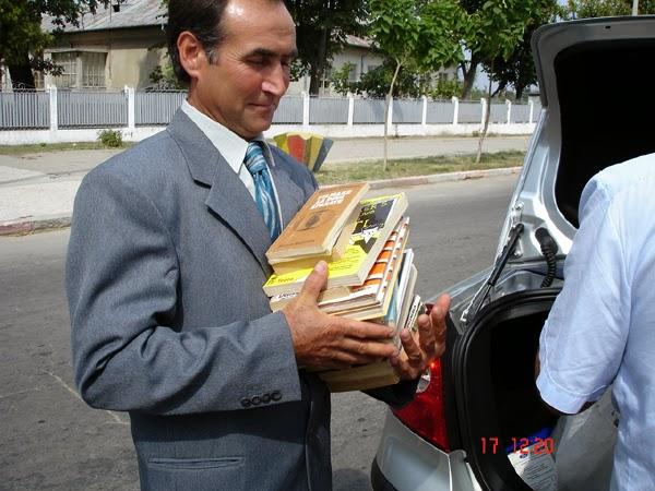 carti pentru biblioteca de la Bârca