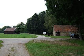 Infozentrum Oppidum Finsterlohr-Burgstall, Flachsbrechhütte und Parkplatz