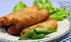 resep praktis (mudah) membuat makanan khas semarang lumpia goreng isi rebung enak, lezat