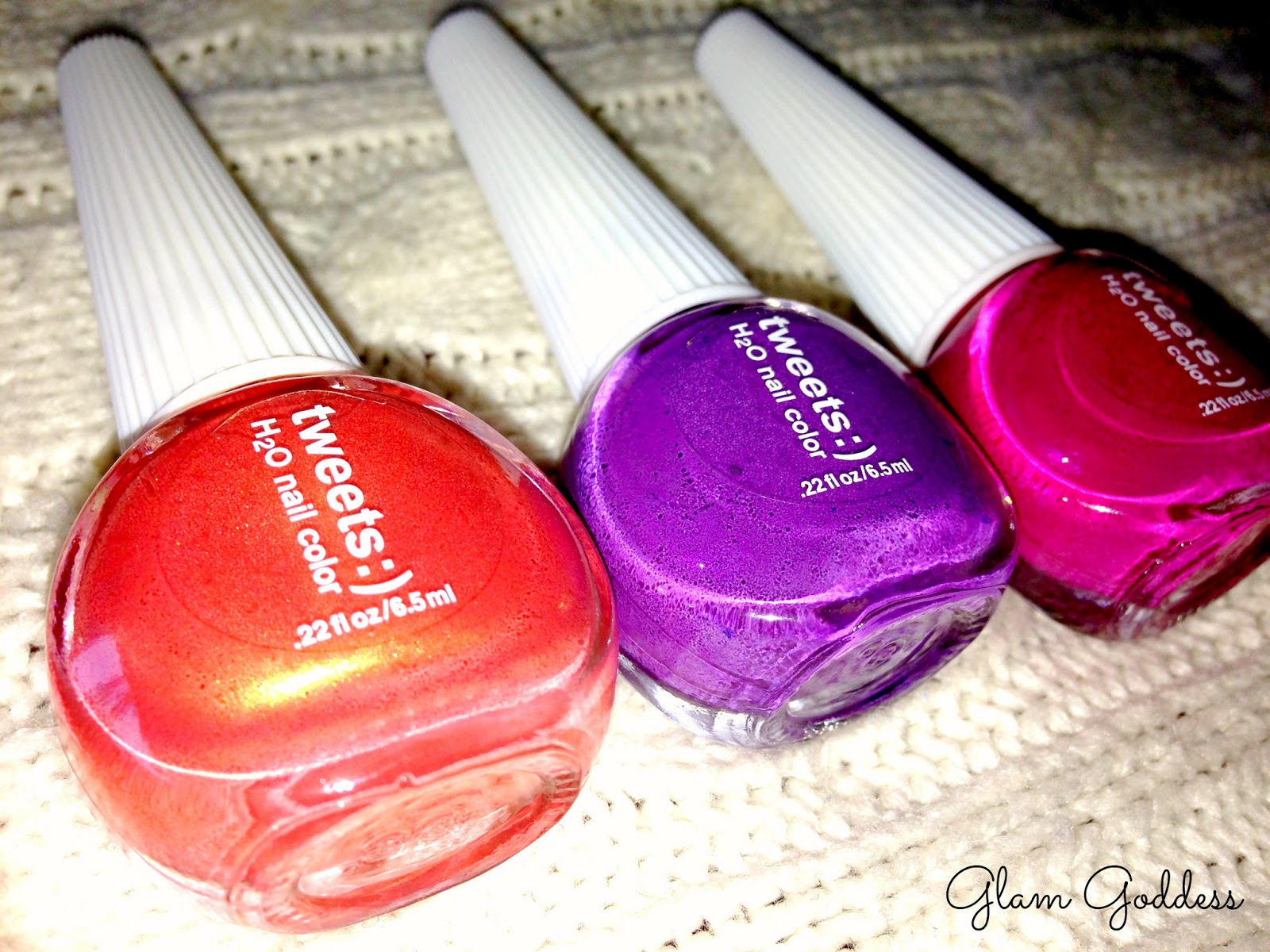 The Glam Goddess: TWEETS Nail Polish Review/Swatchs