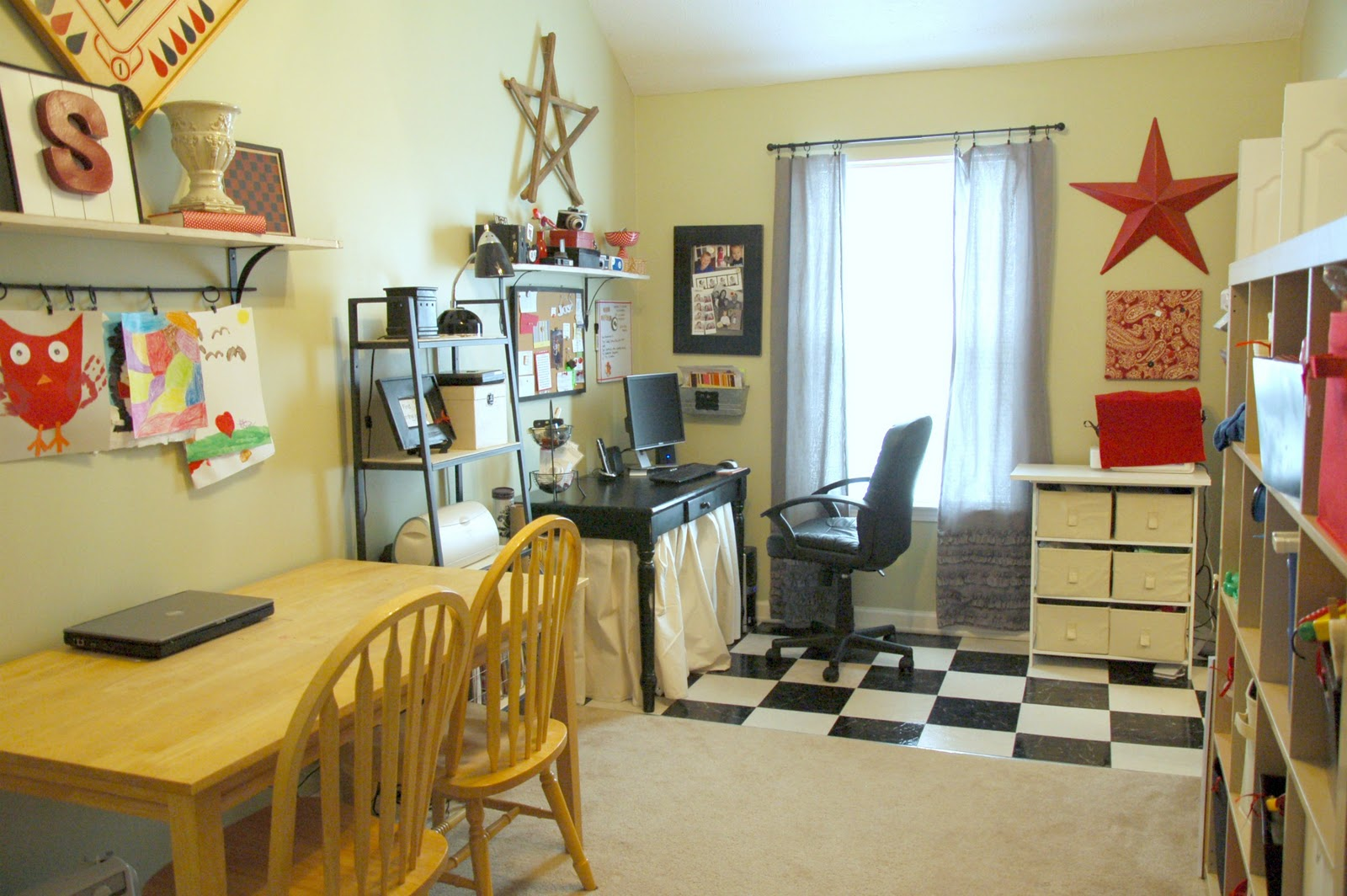 She 39 s crafty my craft room for Kids craft room