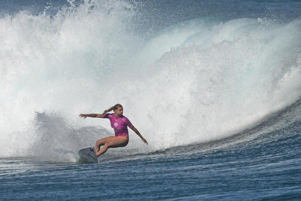 9 Lakey Peterson 2015 Fiji Womens Pro Fotos WSL Kirstin