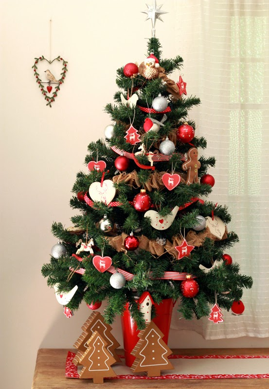 Butter hearts sugar christmas tree time - Christmas tree silver and red ...