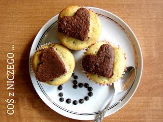 Muffinki z czekoladowym sercem