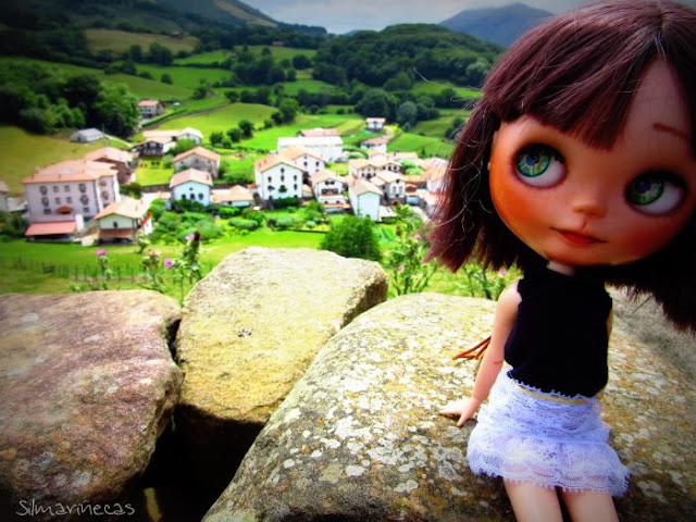 Caty basaak doll en Amaiur-Maya, Baztán - Navarra