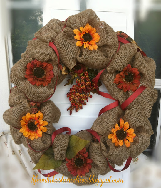 alt=&quot;Fall Burlap wreath tutorial&quot;