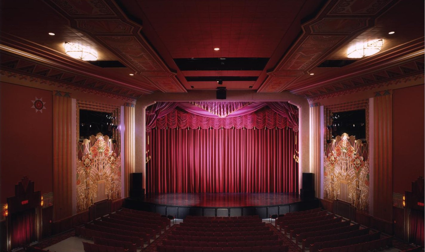Jerry39s brokendown palaces flynn theater 153 main street for Art deco cinema interior