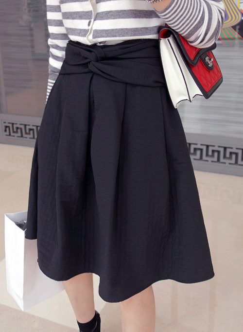 Twist Waistband Midi Skirt