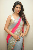 Shraddha das Latest Photos in Saree-thumbnail-1