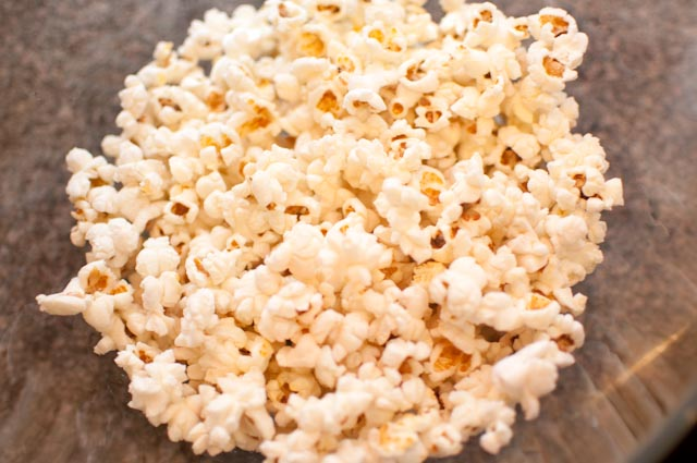 Cheap Eats Stove Top Popcorn The Thrifty Abode
