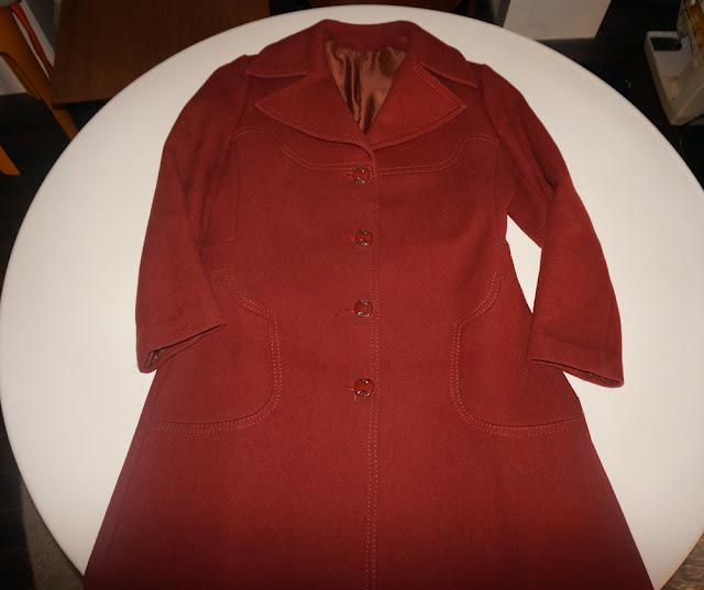 un manteau laine rouille des années 70   70s wool rust coat 1970 topstitich stitching  vintage