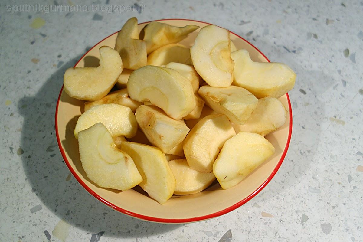 Яблочный пирог : приготовление