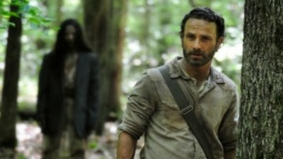 The Walking Dead S04E01. 30 Days Without an Accident rick zombies