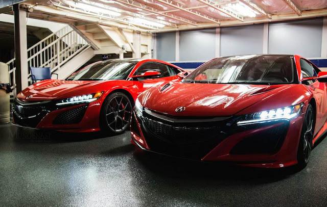 新型「ホンダNSX」の市販モデルが米国のディーラーへ!