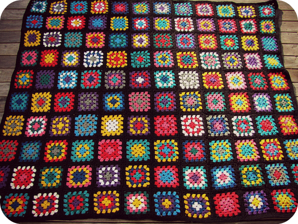 Paisleyjade Black Edged Retro Granny Square Blanket