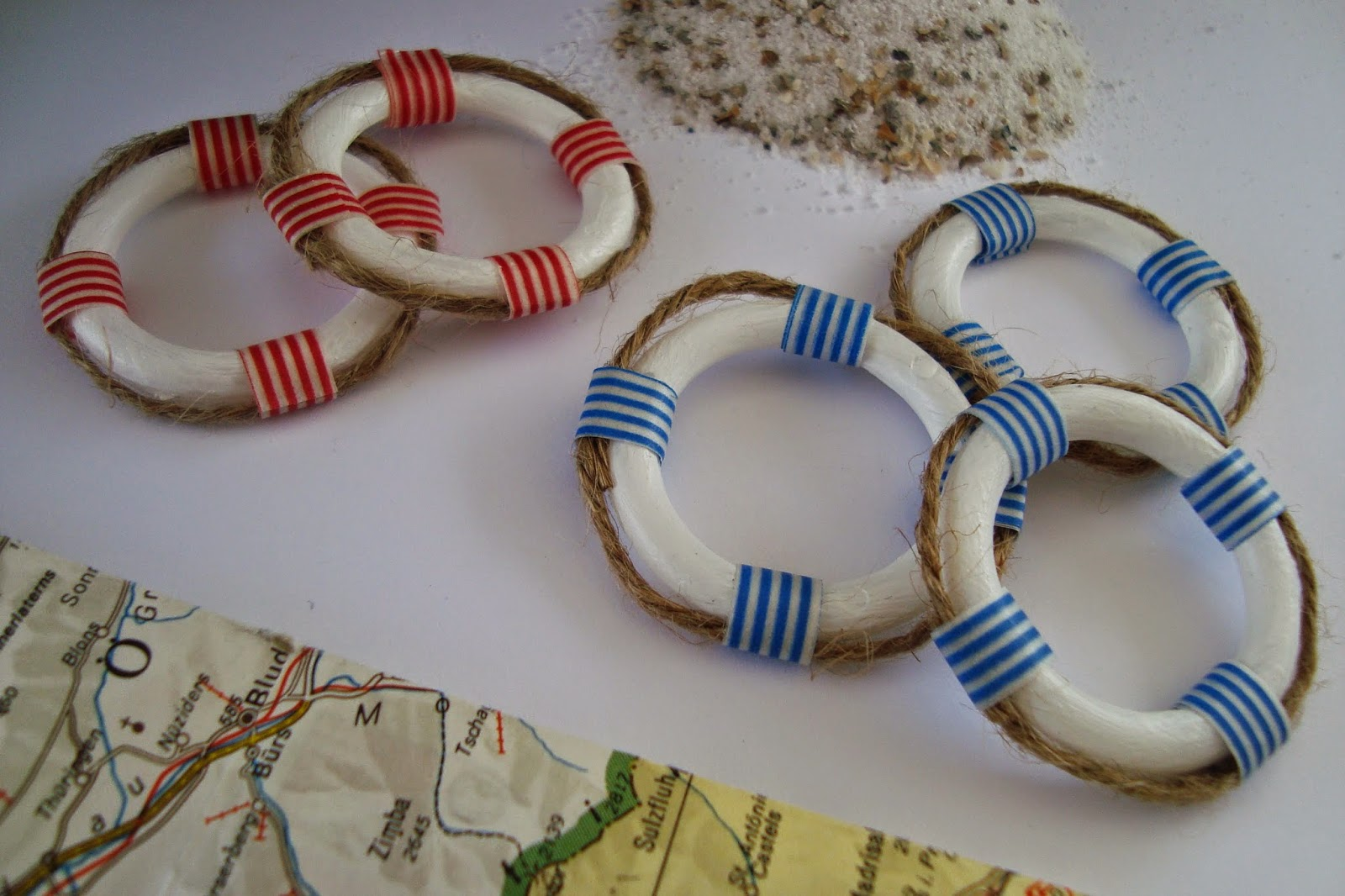 Kleefalter diy deko rettungsringe sommerdeko teil 1 - Dekoration maritim ...
